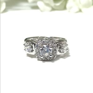 Clear CZ Silver Fashion Ring